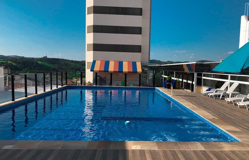 Hotel em Atibaia Piscina Faro